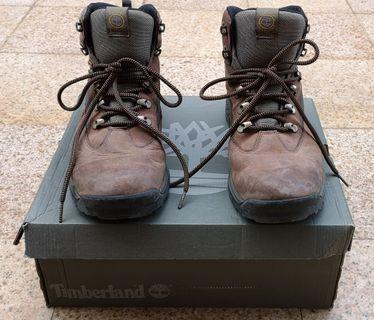 🚚 Used Once Timberland Chocorua Boots