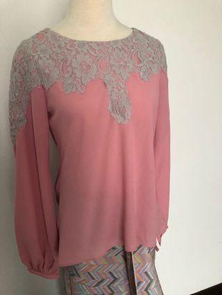 Crepe blouse in pink