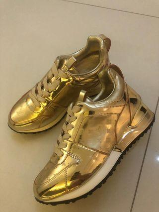 HIGH REPLICA Louis Vuitton Gold Sport Shoes