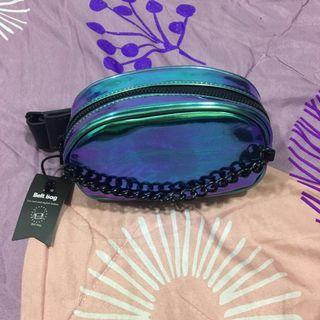 Belt/cross bag typo