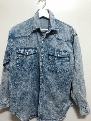 🚚 (滿額350元贈面膜)復古水洗感牛仔襯衫外套