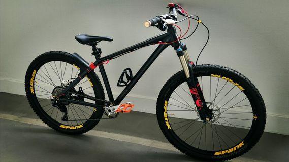 Custom Built Trail Bike Hardtail 27.5 mtb