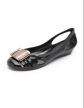 Authentic Salvatore Ferragamo Bermuda Jelly Size 6 Nero