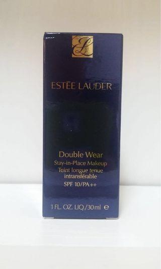 Estée Lauder double wear stay in place makeup SPF10/PA++