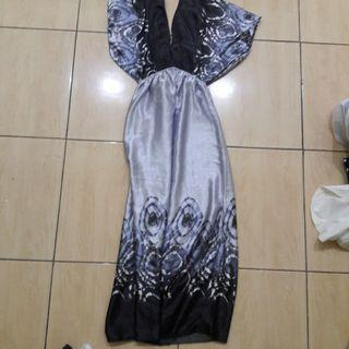 #MAUVIVO Preloved Dress Maxi Fit to L Gede Mat Satin