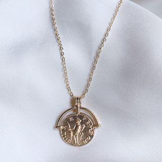 Roman Arch Necklace