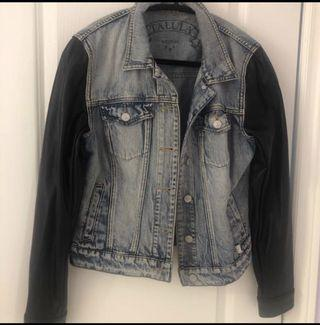 Talula jeans jacket with leather sleeves