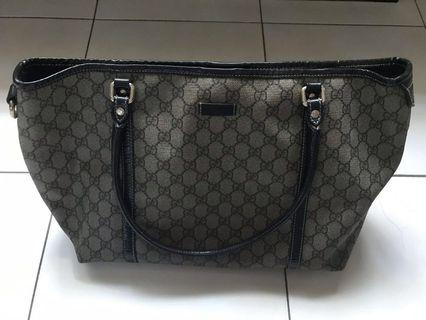 Pre-loved Gucci Bag - mint condition