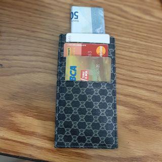 Dompet Kartu
