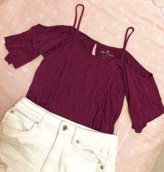 American Eagle Open-shoulder top 露肩吊帶上衣