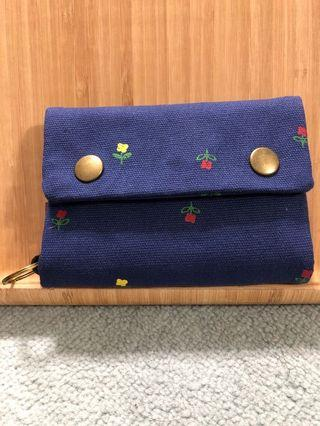 🚚 Unique-Flower Blue-Fabric Wallets with compartments -Free Smart Pac Mail