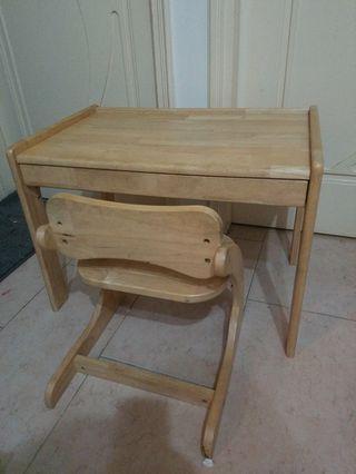 全實木兒童書枱連椅