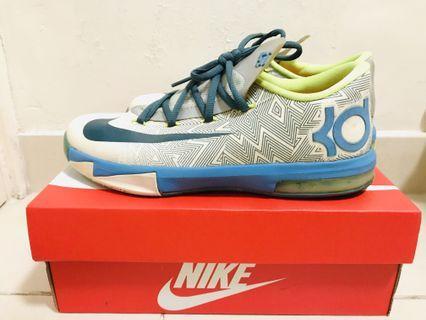 Nike kd籃球鞋 (eur 38)