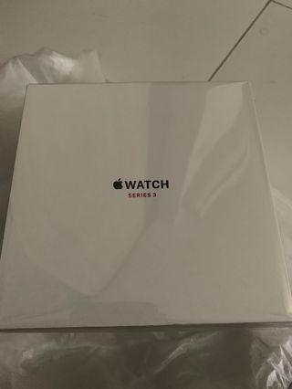 Apple iWatch - 42 mm - GPS & Cellular - Limited Edition