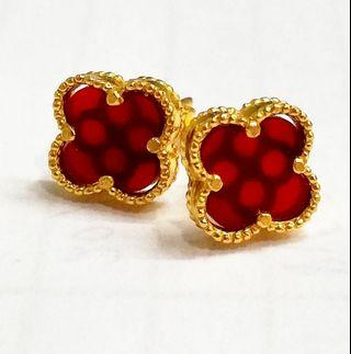 916 Gold Alhambra Ear stud