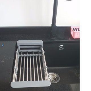 GREY Extendable washing sink draining basket