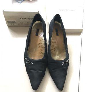 ANDRE VALENTINO Black pump shoes 👠#ramadansale