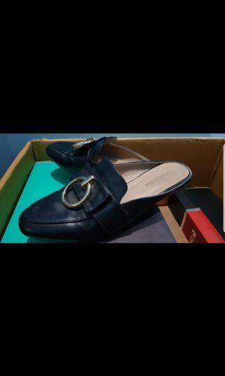 Flat shoes Crocodile