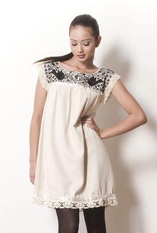 Cream winter shift dress size 8 ( can fit size 6)