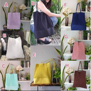 泰國自家設計品牌WORRA,自創手工百褶袋,獨特設計優質面料好多泰國本地女性都瘋搶