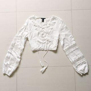 F21 V neck long sleeve white bohemian laced up crop top
