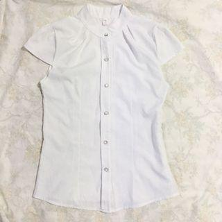 White high neck buttoned up blouse with cap sleeve