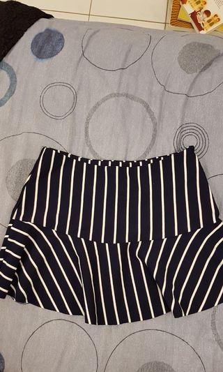 Navy blue stripes skirt