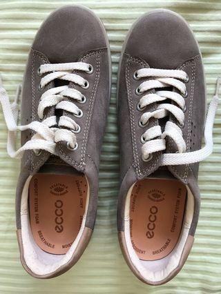 Authentic new ECCO women shoes EU36