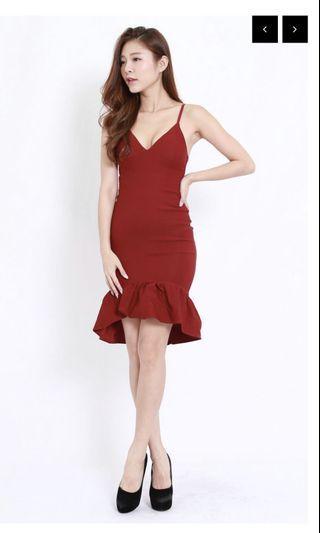🚚 CARRISLABELLE Maroon Midi Dress
