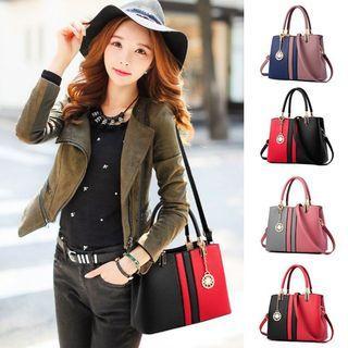 🚚 Shoulder Sling Bag