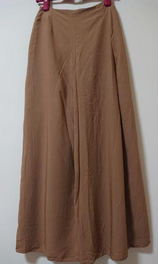 Brown colour long Skirt - Hana Tajima HPJ Uniqlo