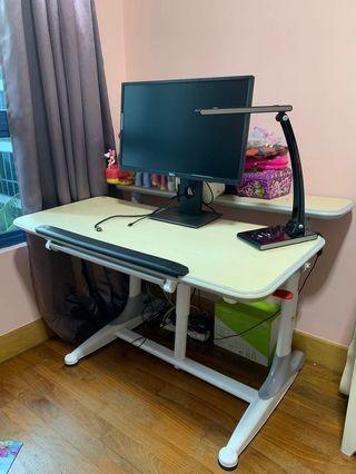 Ergonomic Study Desk DR-303