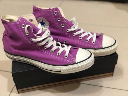 全新 Converse 帆布鞋