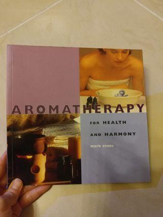 英文書 Aromatherapy for Health and Harmony