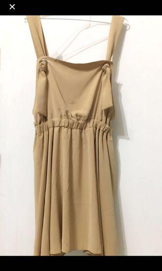 Pazzo奶茶色吊帶裙