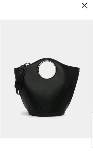 CHARLES AND KEITH SLING / HAND BAG