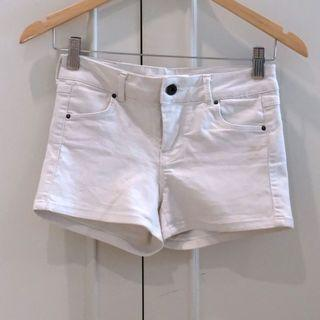 Zara basic white shorts