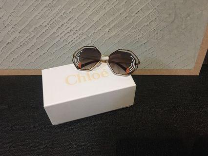 🚚 Chloé 花朵造型太陽眼鏡