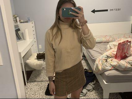 NWT TURTLENECK SWEATER