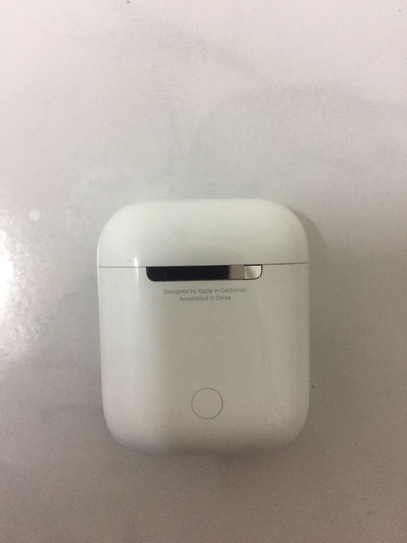 AirPods(充電盒)