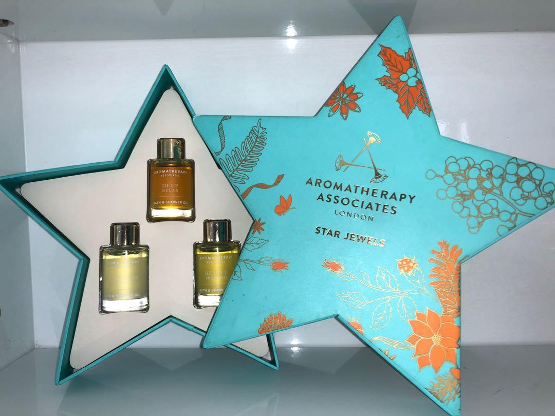 Aromatherapy bath & shower oil - 3 miniature oil ( deep relax , de-stress & revive morning) in a star shape gift box