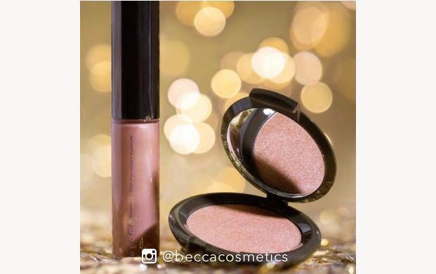 BECCA ON THE GLOW ROSEGOLD
