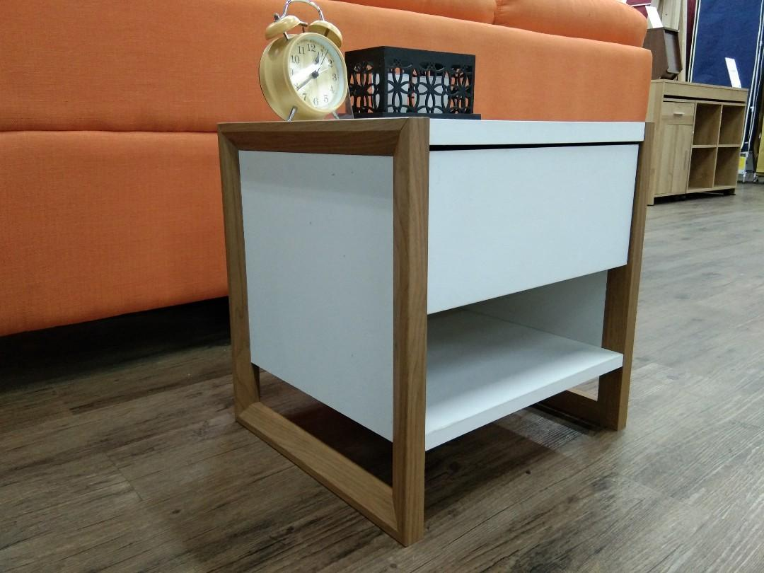 Bed Side Table FLAMINGO