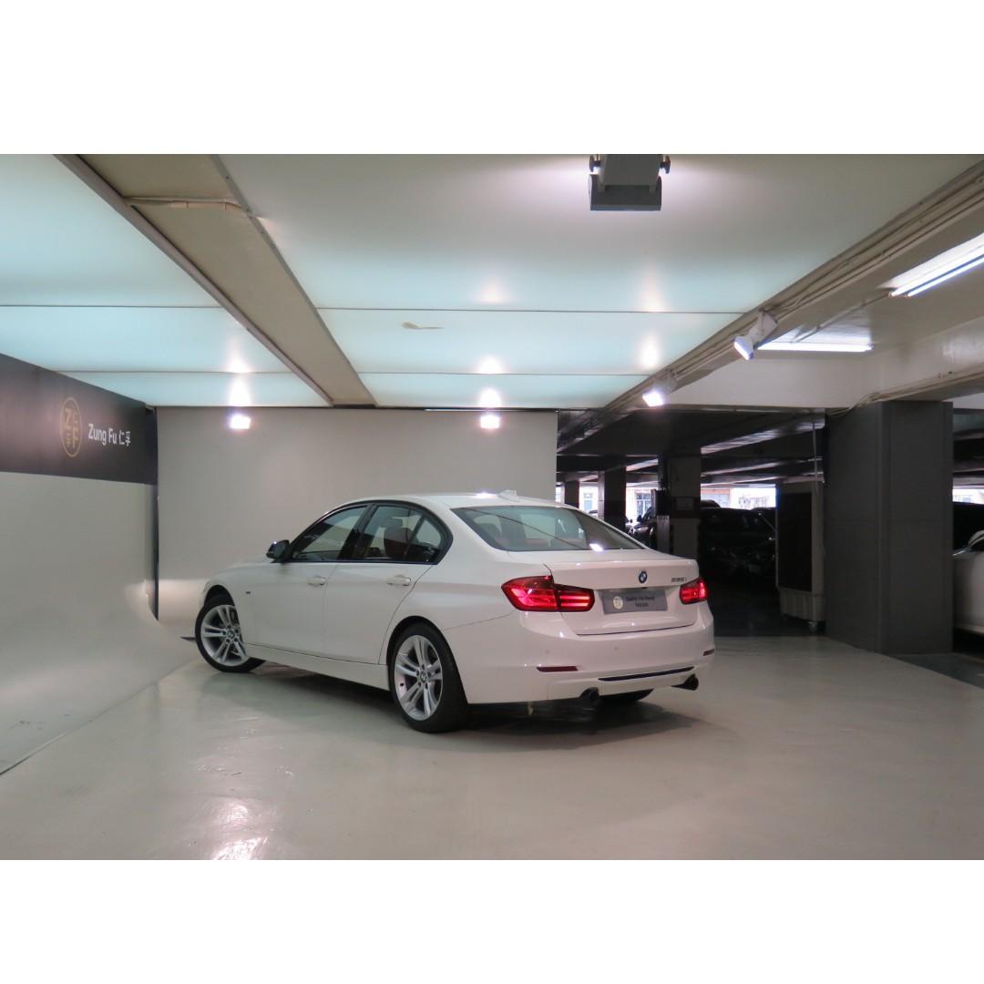 BMW 335iA Sport 2012/13'