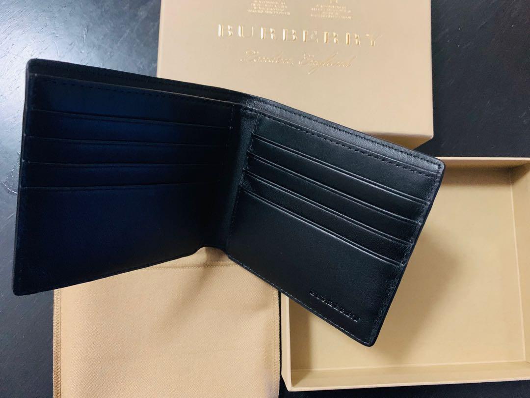 Burberry Wallet #summer19