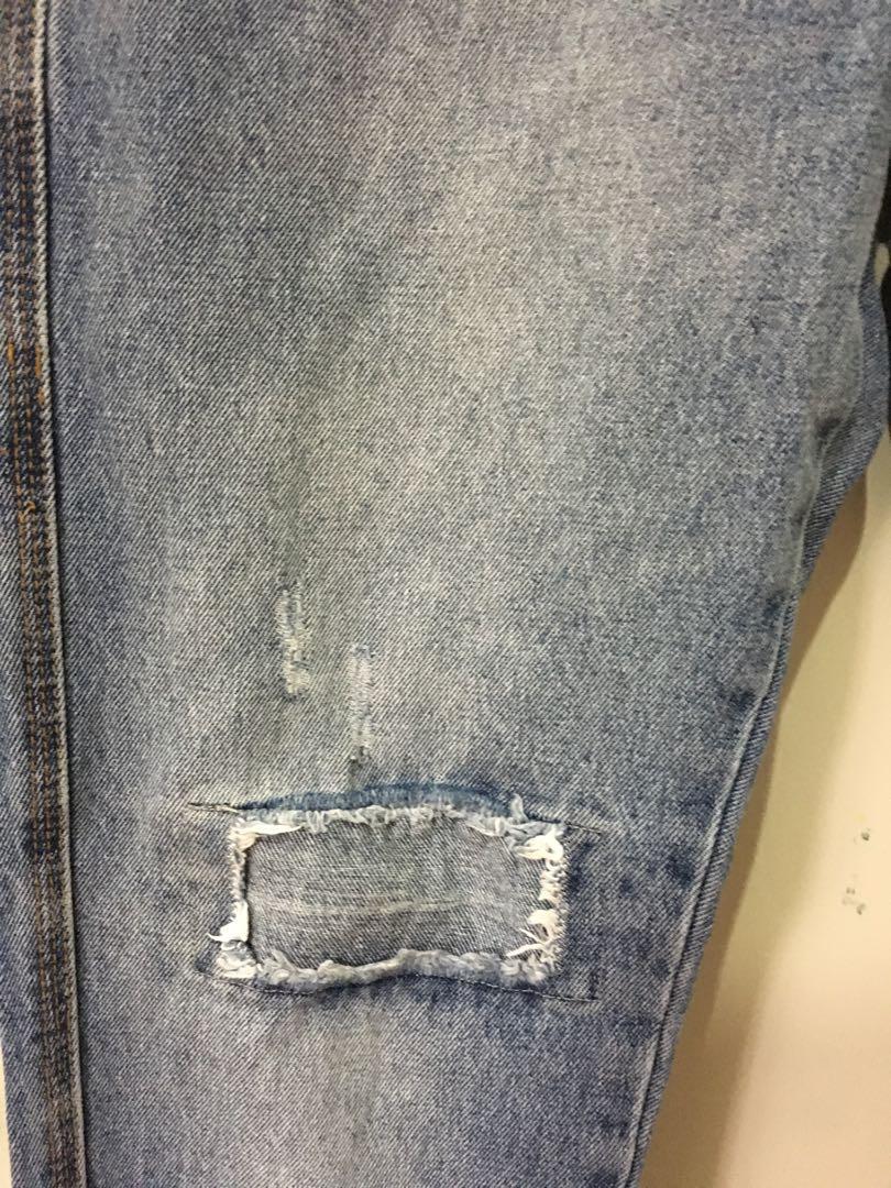 Cotton On High-Waisted Boyfriend Jeans