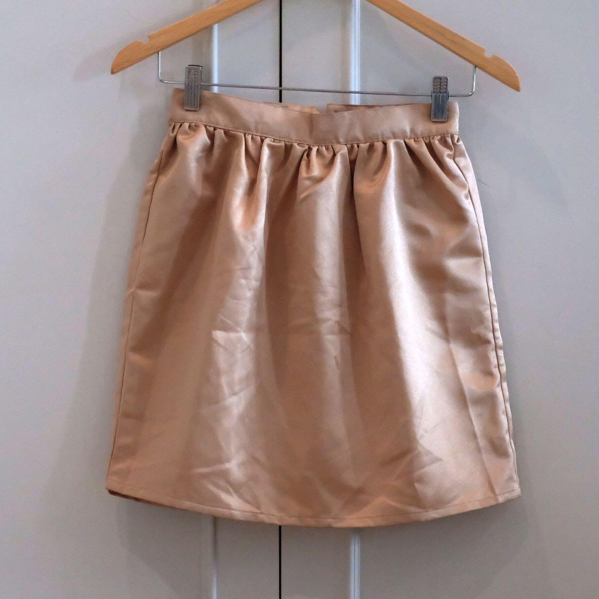 Golden skirt size S