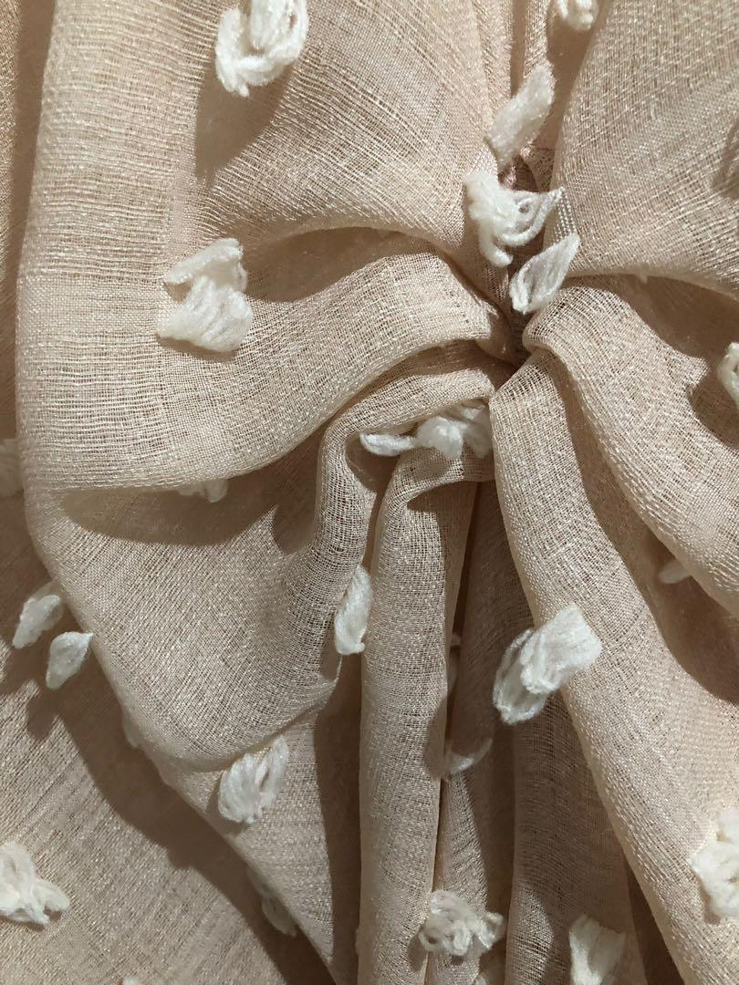Kaftan nude premium cantik saat dipakai