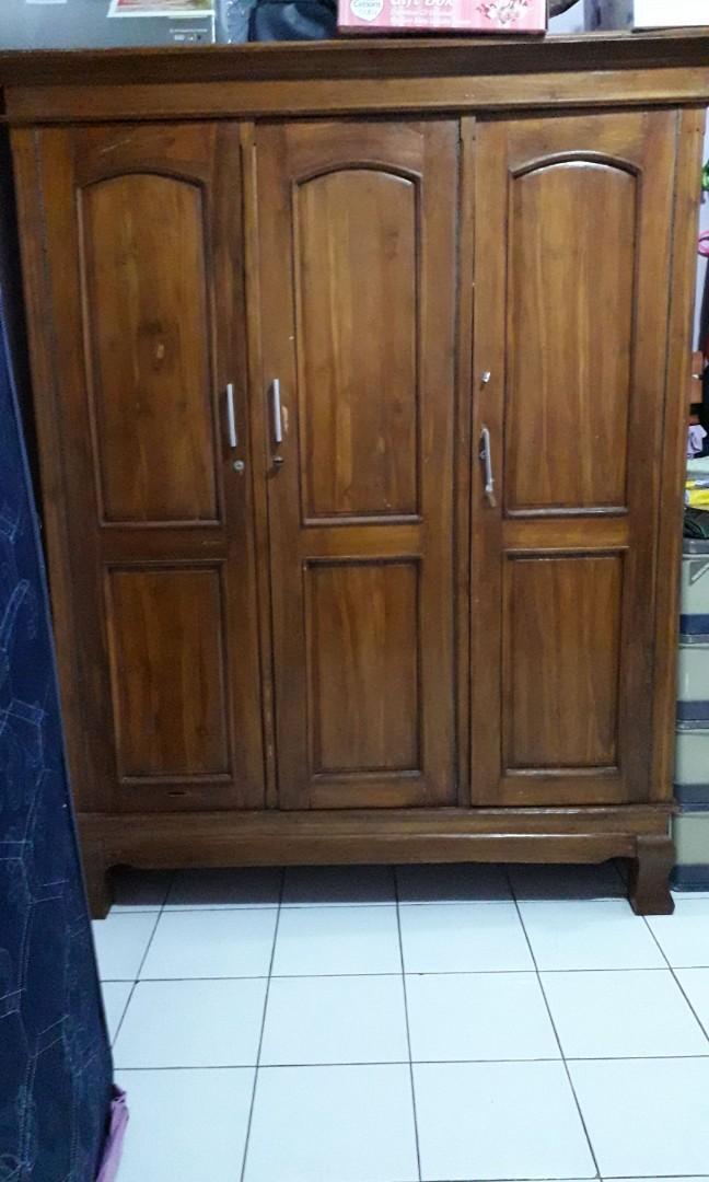 Lemari Jati 3 pintu