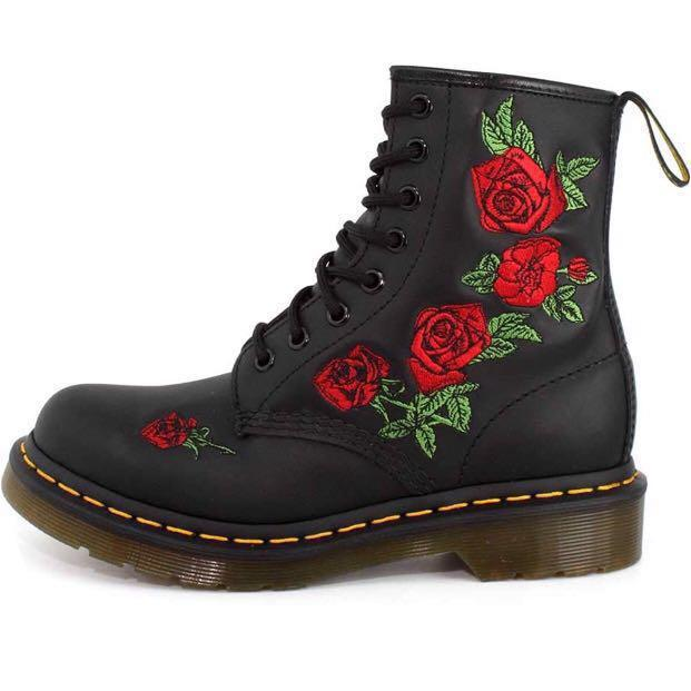 dr martens vonda rose boots